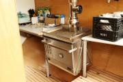 La cuisinière alimentée au diesel est montée sur... (Photo Le Quotidien, Yohann Gasse) - image 2.1