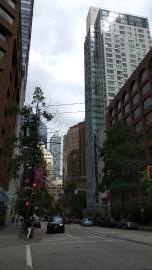 Le centre-ville de Vancouver est densément construit mais... (collaboration spéciale Laurence Frappier) - image 2.0