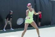 À 34 ans, la Russe Elena Bovina tente... (Sara-Jäde Champagne) - image 3.0