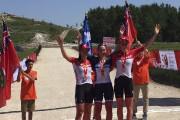 La Saguenéenne Anne-Julie Tremblay (au centre) a remporté... (Photo courtoisie, Équipe Québec) - image 3.0