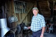 Huit lieux sur le site de la ferme... (Alain Dion, La Voix de l'Est) - image 1.0