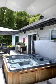 La zone spa est située à côté de... (Le Soleil, Jean-Marie Villeneuve) - image 4.0