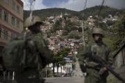 Rio de Janeiro, un an jour pour jour... (AP, Leo Correa) - image 2.0