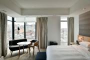 Dans chacune des 200 chambres, le mobilier est... (PHOTO BERNARD BRAULT, LA PRESSE) - image 1.0