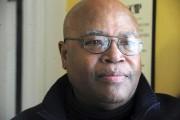 Claude Belizaire, Haïtien de naissance et bénévole impliqué... (Photo:Stéphane Lessard) - image 1.0