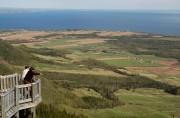 Le mont Saint-Joseph, et son belvédère situé à... (PHOTO BERNARD BRAULT, ARCHIVES LA PRESSE) - image 1.1