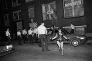 La rafle du Sex Garage, en juillet 1990... (PHOTO FOURNIE PAR Linda Dawn, archives LaPresse) - image 1.0