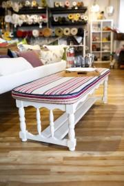 Cette table de style colonial s'est transformée en... (Le Soleil, Caroline Grégoire) - image 2.0