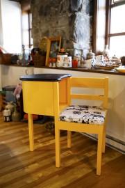 Ce charmant meuble de téléphone témoigne du talent... (Le Soleil, Caroline Grégoire) - image 3.0