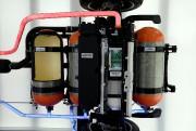 Deux des trois réservoirs à hydrogène du VUS... - image 3.0