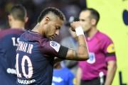 La plainte du FC Barcelone illustre le bras... (AFP, Bertrand Guay) - image 2.0