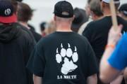 Un manifestant porte un t-shirt avec le logo... (Photothèque Le Soleil) - image 1.0
