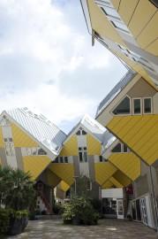 Les maisons cubiques (Kubuswoningen) font partie des curieuses... (La Presse, Veronica Perez-Tejeda) - image 2.0
