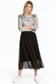 Jupe en tulle noire, H&M, 29,99$... (Photo tirée du site deH&M) - image 2.0