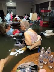 À Dickinson, les personnes âgées habitant à la... (AP, Trudy Lampson) - image 2.0