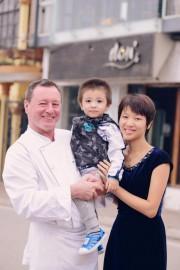 Le restaurateur Donald Berger avec sa famille... (Photo fournie par Donald Berger) - image 2.0