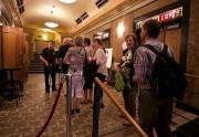 Les cinéphiles lors de la projection de No... (photo andré pichette, la presse) - image 2.0