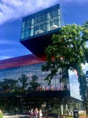 La bibliothèque d'Halifax a été inaugurée il y... (Photo Samuel Larochelle, collaboration spéciale) - image 5.0