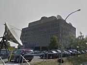 Situé aux abords de l'autoroute Métropolitaine, le gros... (photo tirée de google maps) - image 1.0