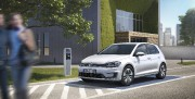Volkswagen e-Golf 2017... (fournie par Volkswagen) - image 5.0
