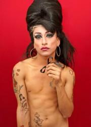 Phoebe, de la série Desvestidas, 2011, Luis Arturo... (Photo Luis Arturo Aguirre, fournie par Momenta) - image 2.0
