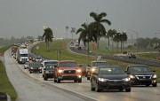 Le trafic était lourd sur cette autoroute des... (AP) - image 3.0