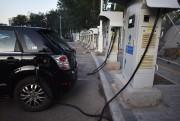 Une voiture électrique de marque BYD branchée à... - image 3.0