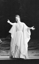 La cantatrice née à New York le 2... (AFP) - image 2.0
