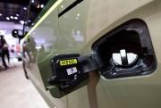 Le bouchon d'un véhicule diesel, au Salon de... - image 3.0