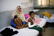 Faisal, six ans, a blessé son bras en... (REUTERS) - image 2.0
