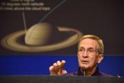 Earl Maize, responsable du projet Cassini, lors d'une... (AFP) - image 3.0
