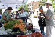 Le marché public de Limoilou en était à... (Photothèque Le Soleil, Yan Doublet) - image 3.0