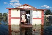 Un pasteur et sa femme posent devant leur... (REUTERS) - image 2.0