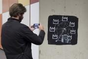 La deuxième fresque montre une grand roue dont... (PHOTO AP) - image 2.0
