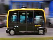 Ce minibus autonome appelé Robo-Taxiest utilisé pour les... - image 2.0