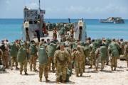 Des soldats ont organisé dimanche une évacuation de... (REUTERS) - image 3.0