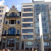 C'est au 4eétage de cet immeuble en hauteur... (Photo Jean-Christophe Laurence, La Presse) - image 2.0