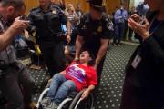 Une audition parlementaire a été perturbée par des... (AFP) - image 2.0