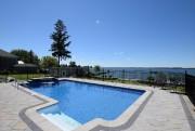 La piscine n'existait pas quand le couple a... (Photo fournie par Re/Max des Mille-Îles S.G.) - image 3.0