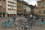 Les visites de la ville en bicyclette ont... (Photo Laura-Julie Perreault, La Presse) - image 2.0