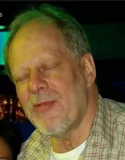 Stephen Paddock... (PHOTO AFP) - image 2.0