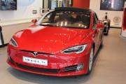 Une Tesla Model S... (Photo tirée de Wikipedia) - image 4.0