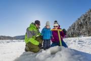 De nombreuses activités sportives hivernales sont offertes un... (Photo Steve Deschênes, fournie par la SEPAQ) - image 2.0