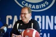 Danny Maciocia, entraîneur-chef des Carabins... (Photo André Pichette, La Presse) - image 2.0
