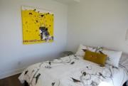 Dans une des chambres de la maison en... (PHOTO FRANÇOIS ROY, LA PRESSE) - image 2.0