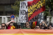 Des Espagnols ont manifesté samedi à Madrid contre... (Photo Paul White, AP) - image 1.0