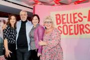 Michel Tremblay avec trois actrices de la nouvelle... (PHOTO ALAIN ROBERGE, LA PRESSE) - image 3.0