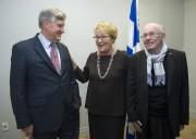 Les anciens premiers ministre du Québec Lucien Bouchard,... (Photo Graham Hughes, LA PRESSE CANADIENNE) - image 1.0