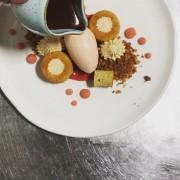 Le dessert aux pommes... (Photo tirée du fil Instagram du restaurant (@perles_et_paddock)) - image 3.0