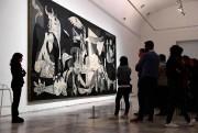L'oeuvre monumentaleGuernicade Pablo Picasso est exposée aumusée Reina... (photoPIERRE-PHILIPPE MARCOU, archives agence france-presse) - image 2.0
